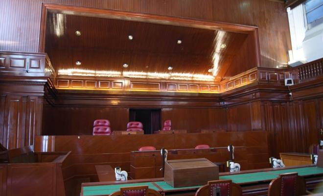 De minachting voor de gerechtstolk