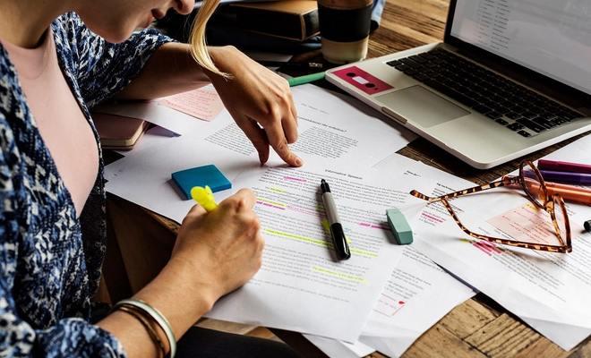 """La CBTI renonce à """"sa"""" formation juridique pour traducteurs-interprètes jurés"""