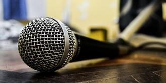 Covid-19: des interprètes de conférence témoignent